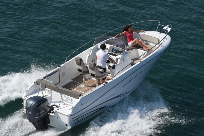 boat-7.5CCs2_exterieur_2014090410404822