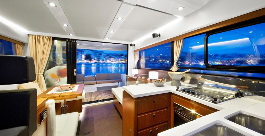 boat-Velasco_43F_interieur_201411051204357