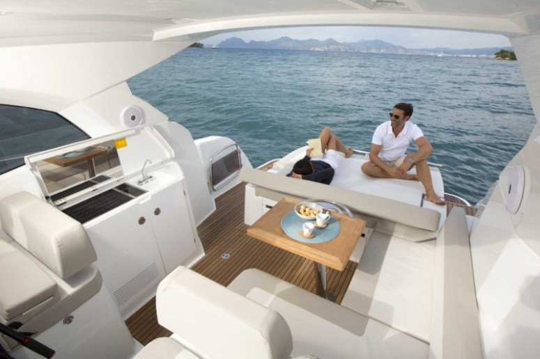 boat-Leader36_exterieur_2014111911484840