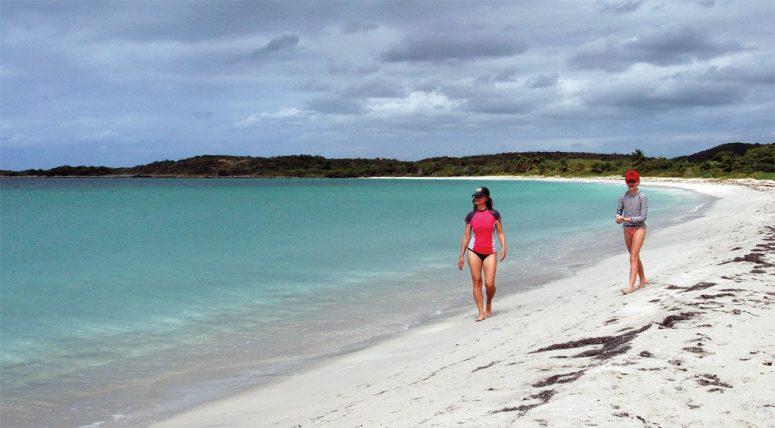 06-chiva-beach-1024x566